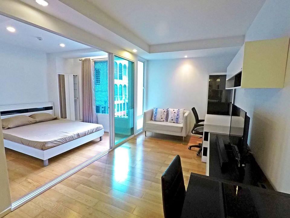 Saladaeng Condominium for Rent ***Special Price 20,000 ***