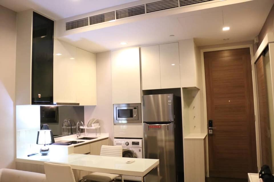 Q HOUSE Asoke   for Rent ***Special Price 25,000***