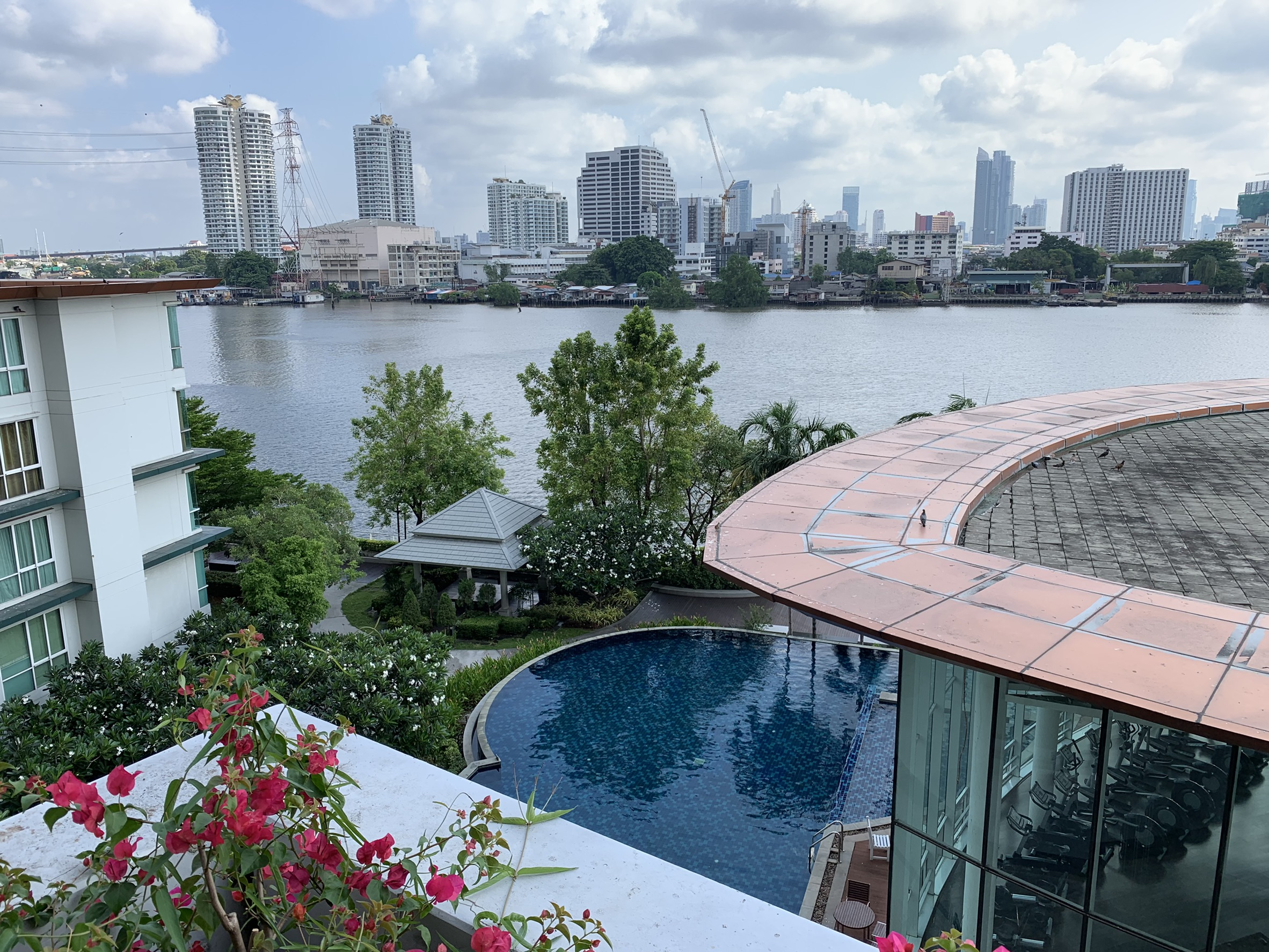 Ivy River Ratburana for Rent – River View – Unit 30sqm