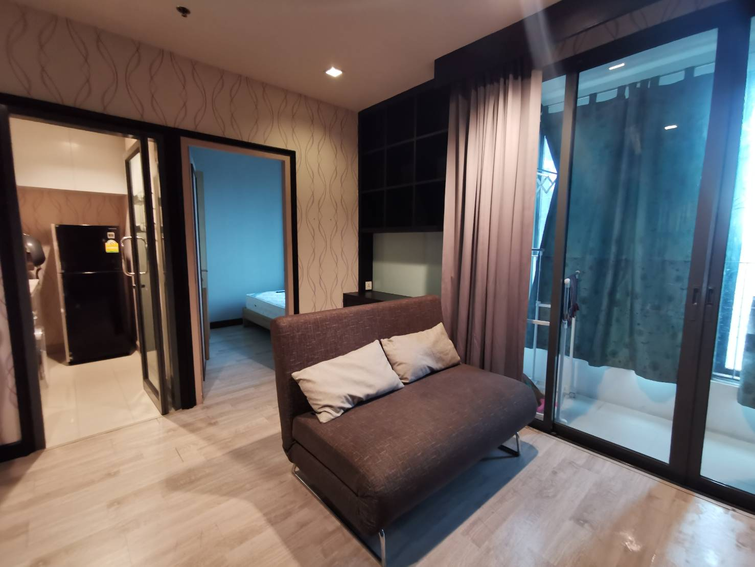 – For Rent – IDEO MOBI rama 9 ***Special Price 22K*** High Floor Corner Room with City View